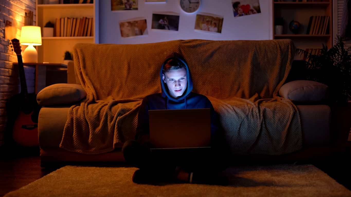 Protecting Youth from Recruitment into Online Hate
